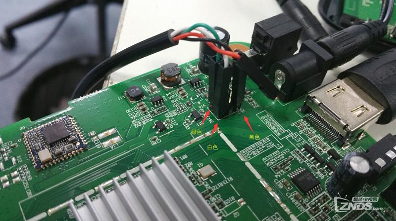 """四、插入tll线的USB接口到电脑之后,需要大家先安装ttl的驱动,在附件中会给大家,驱动安装完成之后,右键我的电脑——属性——设备管理器——端口——COM""""X""""(X就是最后位数字)——属性——端口设置——改为""""115200""""——确定;"""